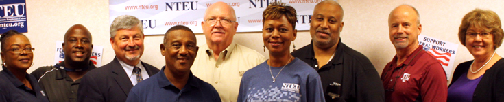 NTEU members and NTEU National President Tony Reardon