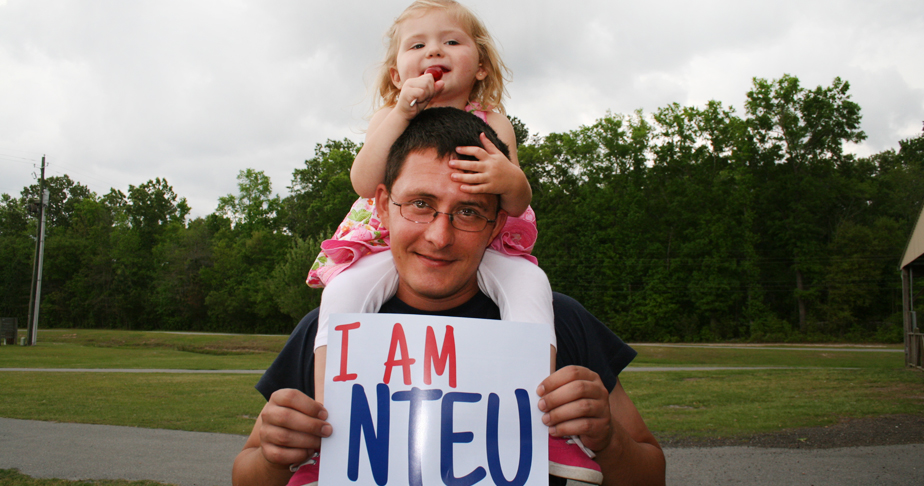 NTEU member with his daughter